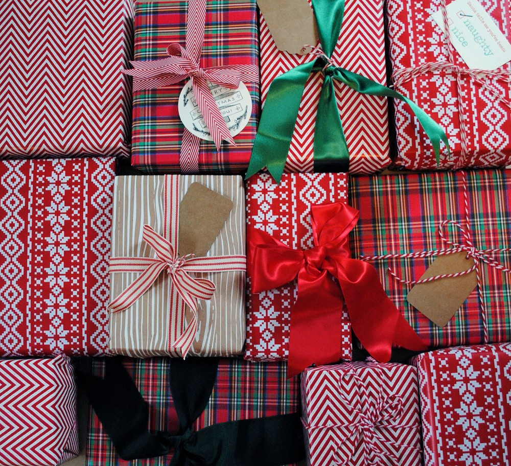 DomestiKatedLife Christmas Wrapping 1