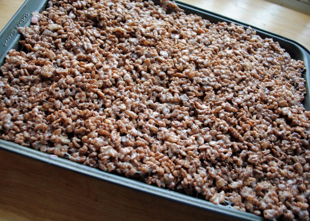 neapolitan rice krispy treats 3