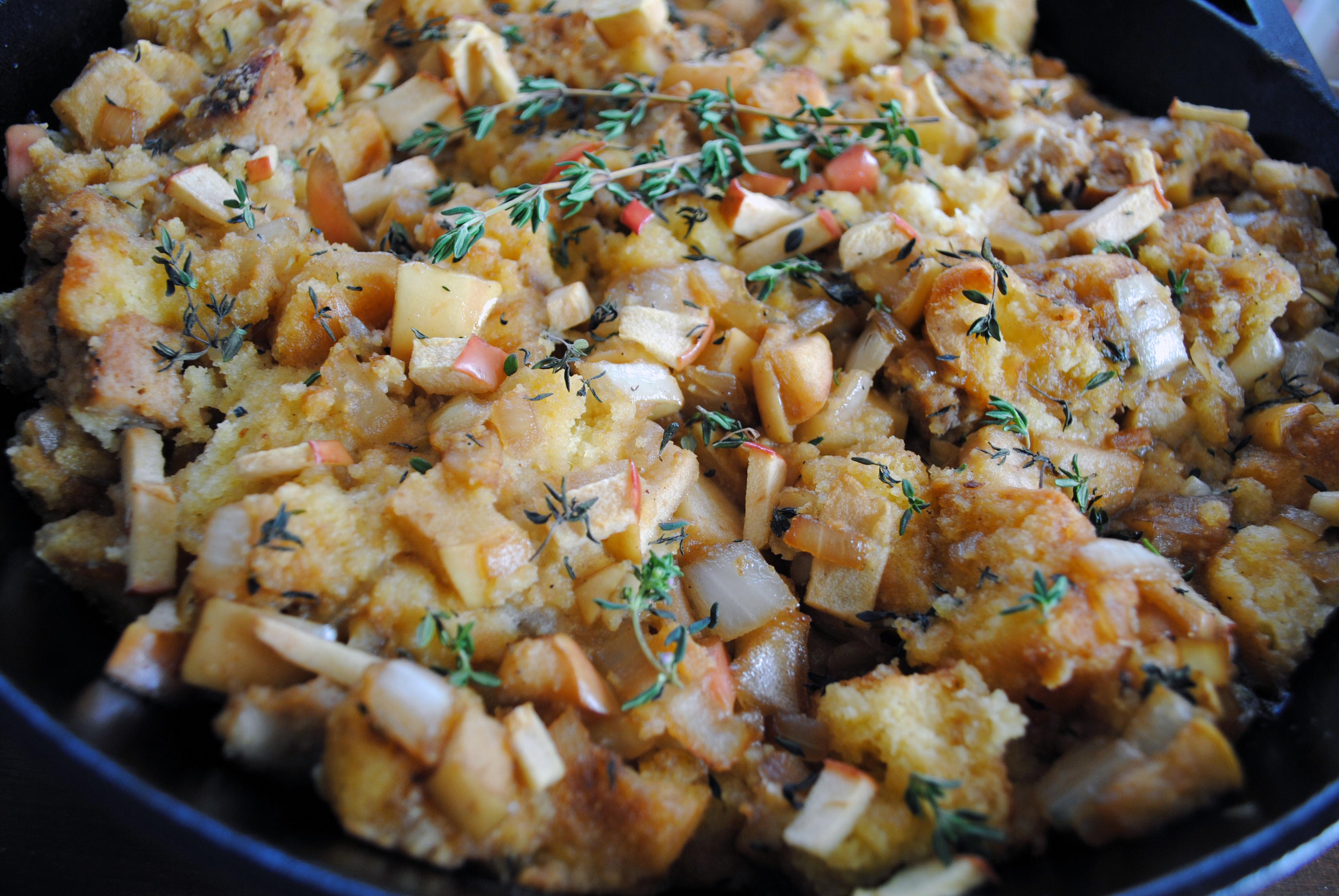 apple cornbread sausage stuffing 5
