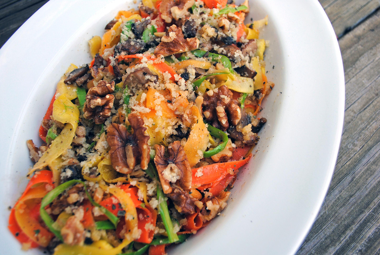 1_California Walnuts_Spring Ribbon Veggie Salad with walnut crumble