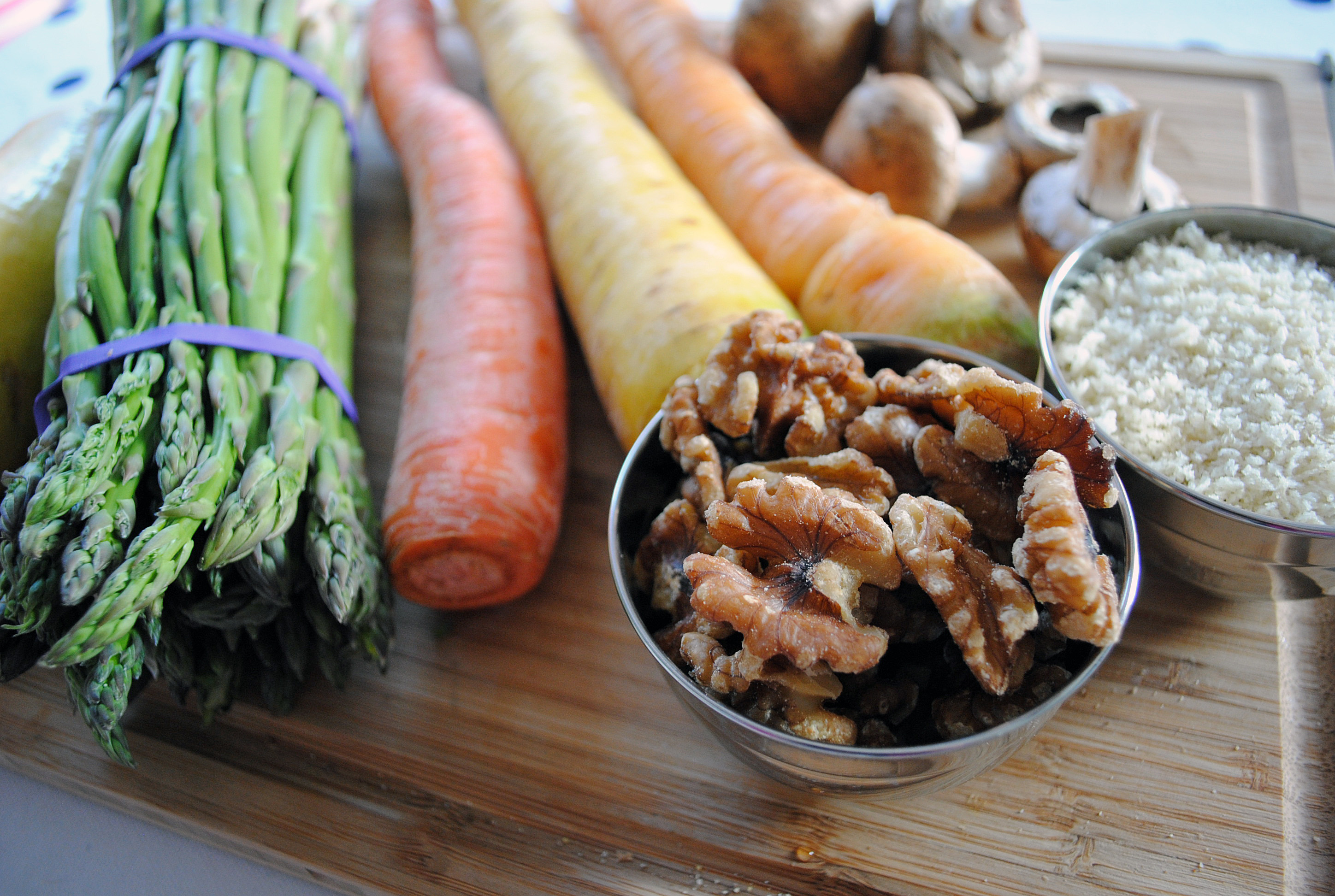 Ingredients_ California Walnuts_Spring Ribbon Veggie Salad with walnut crumble