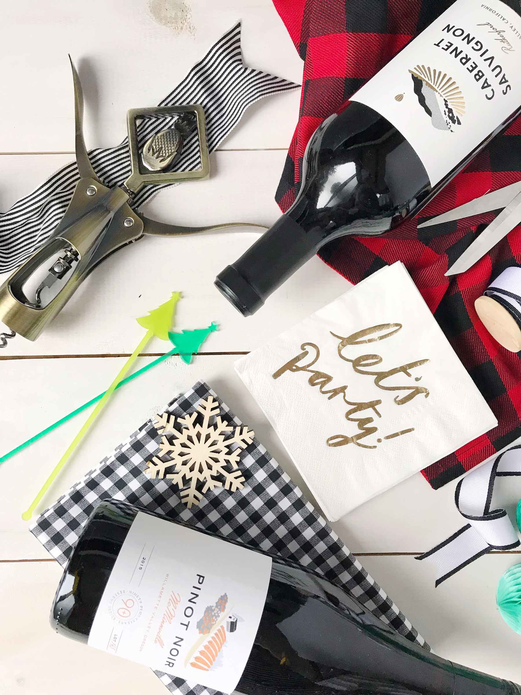 Now, tell me in the comments what the best hostess gift is you've ever received! I'm always delighted when a guest brings wine, the more the merrier.