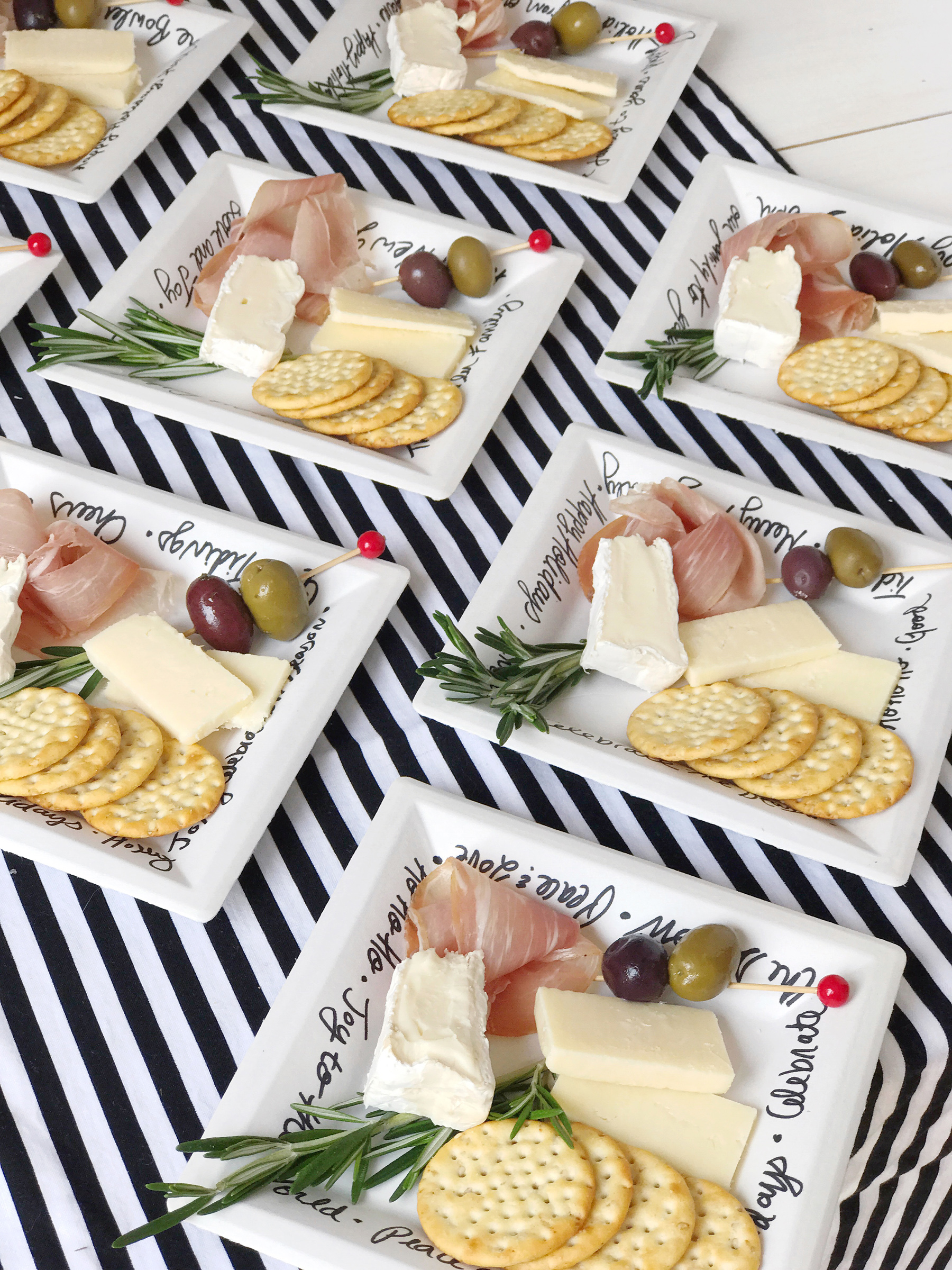 And donu0027t worry about clean up you can stack up the plates and pop them in the recycling bin! The customization of the plates paired with some simple ... & Mini Holiday Cheese Plates. - DomestikatedLife