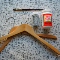 Handmade Holidays: Glitter Hangers