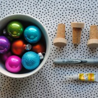 Handmade Holidays: Festive Bottle Stoppers