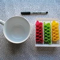 Handmade Holidays: Monogrammed Mugs