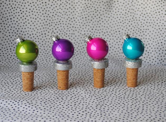 DIY Holiday Gifts - Ornament Bottler Stopper