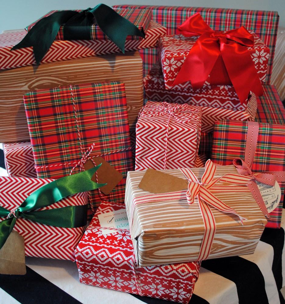 DomestiKatedLife Christmas Wrapping 2