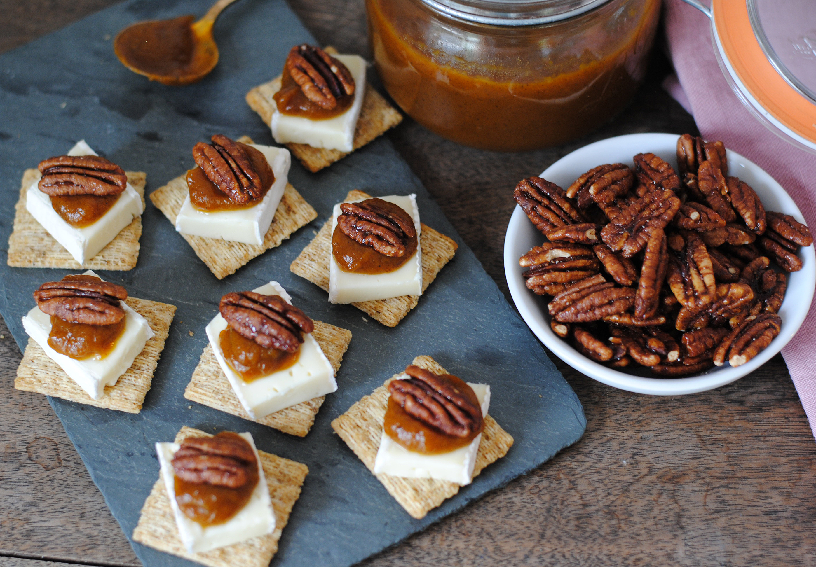 triscuit-pumpkin-butter-and-brie-bites-1