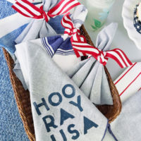 DIY Patriotic Napkins.