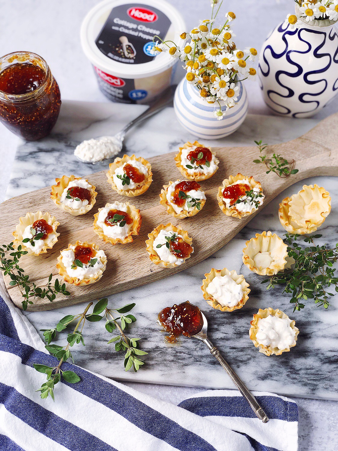 Fabulous Cracked Pepper Cottage Cheese And Jam Filo Cups Home Interior And Landscaping Palasignezvosmurscom