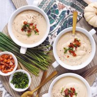 Roasted Garlic Cauliflower Soup.