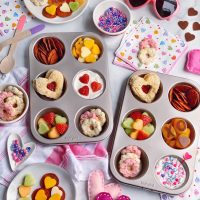 A Kid-Friendly Valentine's Day Snack Plate.