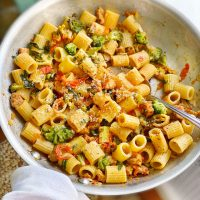 Quick and Easy Tomato Broccoli Rigatoni.