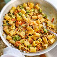 Quick and Easy Tomato Broccoli Rigatoni.