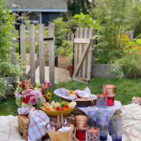 A Colorful End of Summer Picnic.